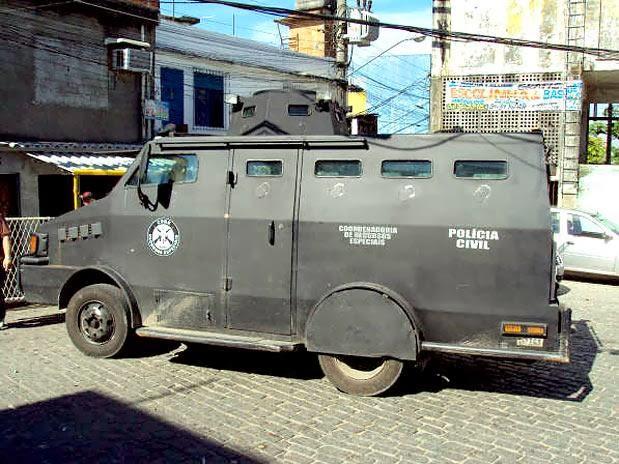 A violência na baixada fluminense vitima um musico CAVEIRA_PC_LATERAL