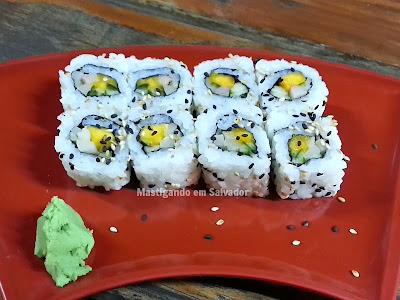Lon Hu Restaurante: Uramaki Califórnia