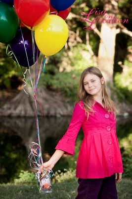 Balloon family portrait photography in New Braunfels, San Antonio and Austin