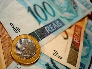 http://4.bp.blogspot.com/-sgWXE5Lbegs/UrELB7ZIT3I/AAAAAAAAG-I/DuN1lp8ivHU/s1600/dinheiro.jpg
