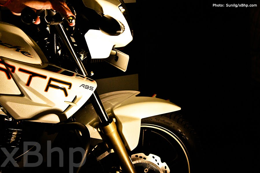 Tvs Apache Rtr 180 Abs Launched Throttlequest