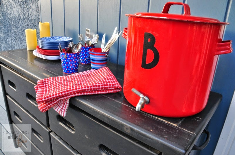 Navy and Red Outdoor Buffet :: OrganizingMadeFun.com