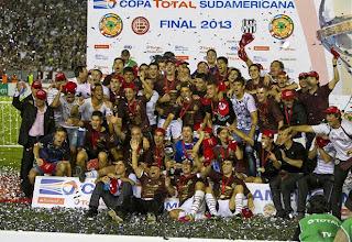 FÚTBOL-La Copa Sudamericana para el Lanús
