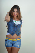 Komal Jha trendy Photo shoot Gallery-thumbnail-7
