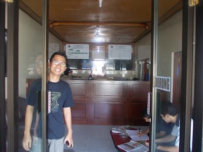 Kunjungan ke Kantor Kepala Desa (Perbekel) Desa Toyapakeh