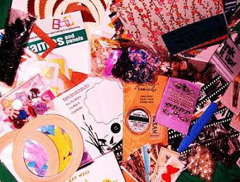 Ditzy-Craftymess Blog Candy