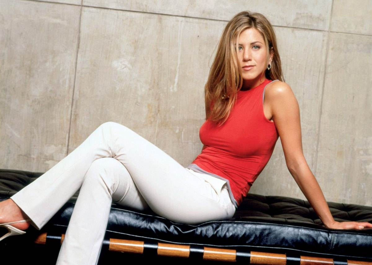 Top 10 Jennifer Aniston Nude Pics of All Time - HecklerSpray