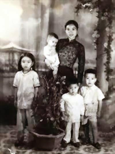Kết quả hình ảnh cho Ảnh bà Nguyễn Thị Năm