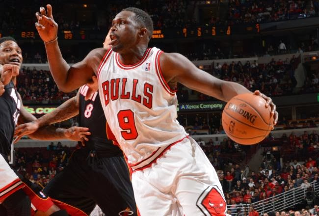 Luol Deng, Chicago Bulls, Andrew Bynum, Cleveland Cavalier, NBA, basketball, Luol Deng trade