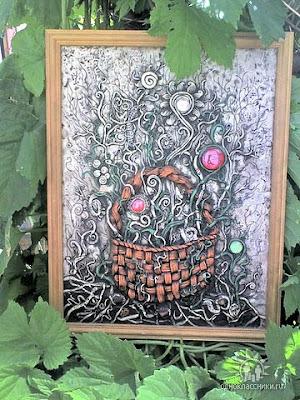 рисунки, картины из пластики, декорации из лент