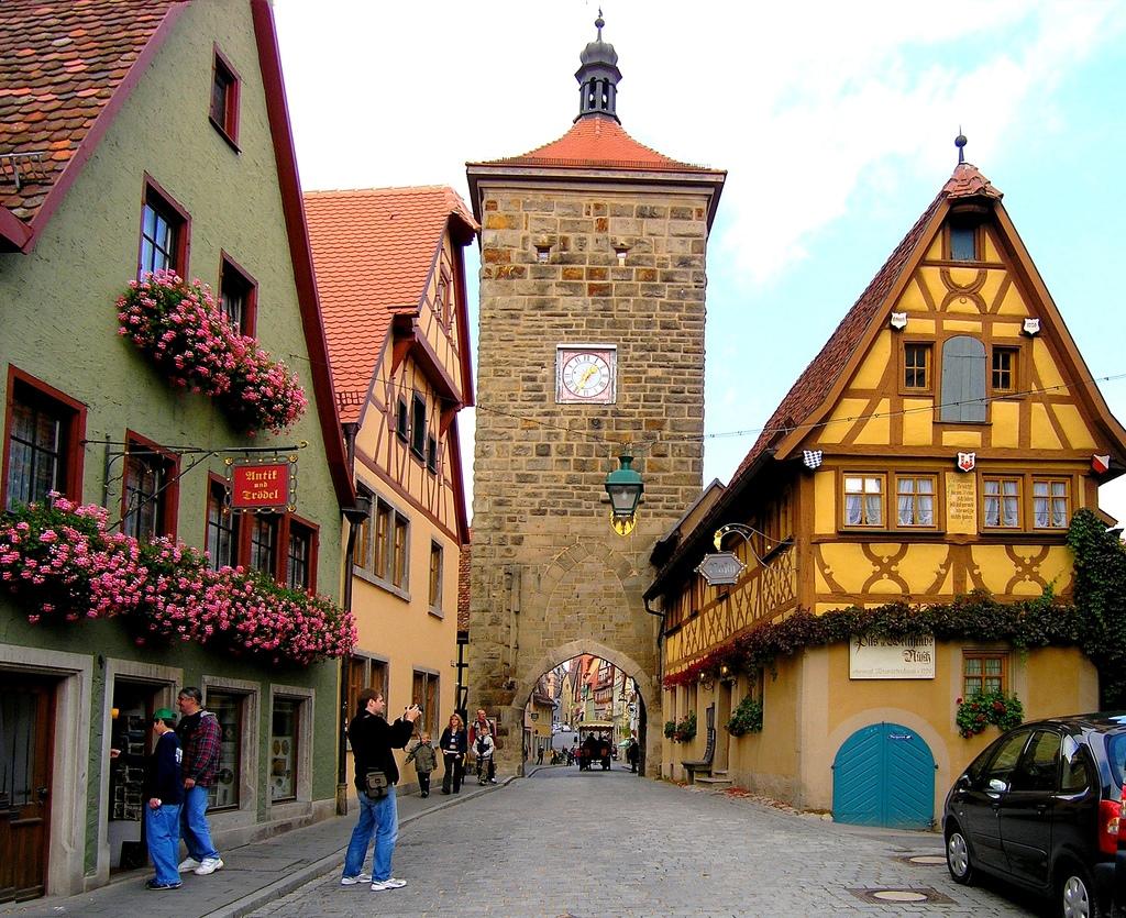 let 39 s travel the world rothenburg ob der tauber germany a fairytale town. Black Bedroom Furniture Sets. Home Design Ideas