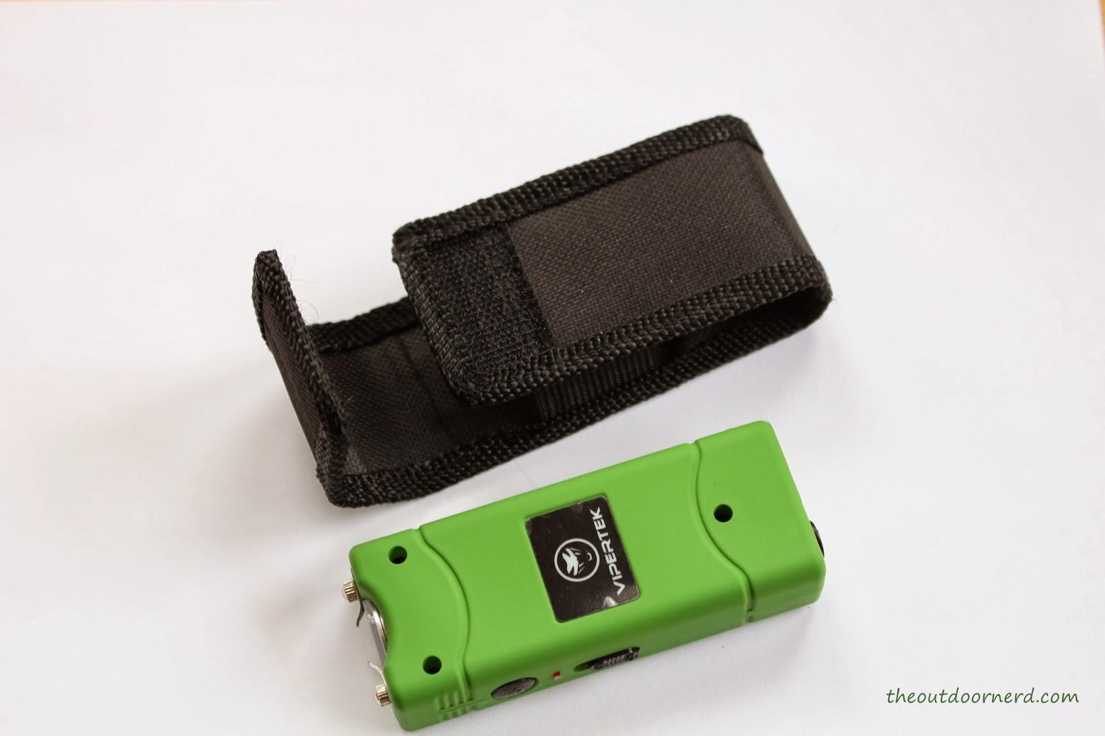 Vipertek VTS-881: Green One Next To Sheath