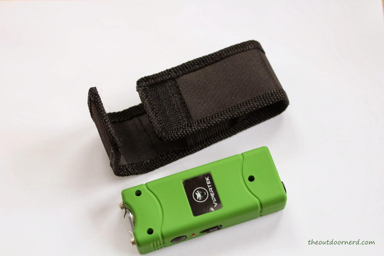 Vipertek VTS-881: Green One Next To Sheath