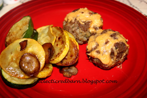 Meatloaf minis and vegetables
