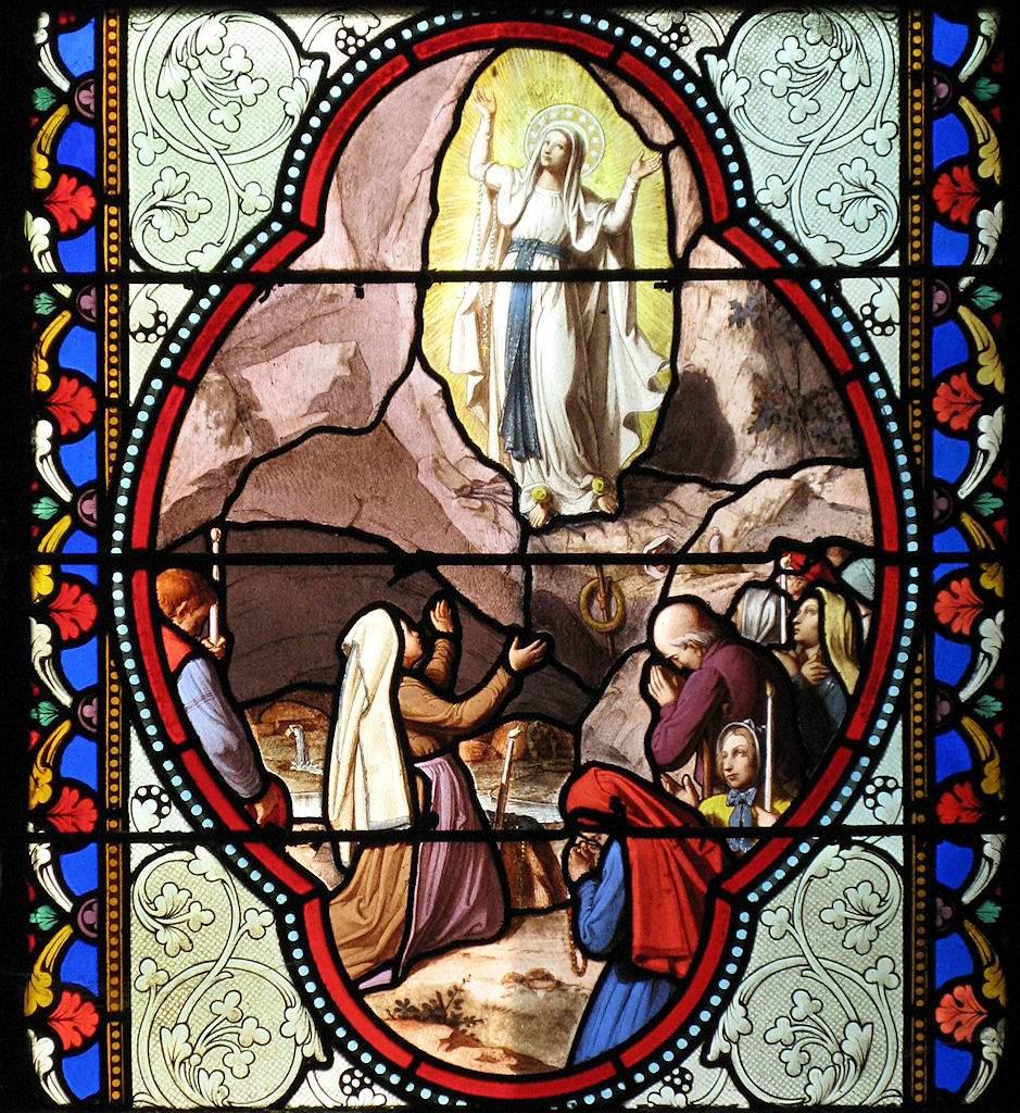 Santa Bernadette e Nossa Senhora. Basílica de Lourdes