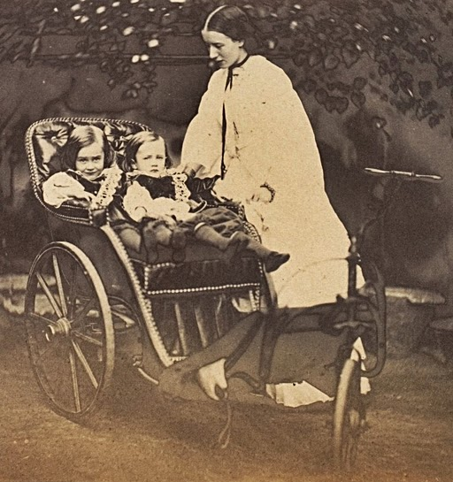 Twin transport - albumen silver print 1860