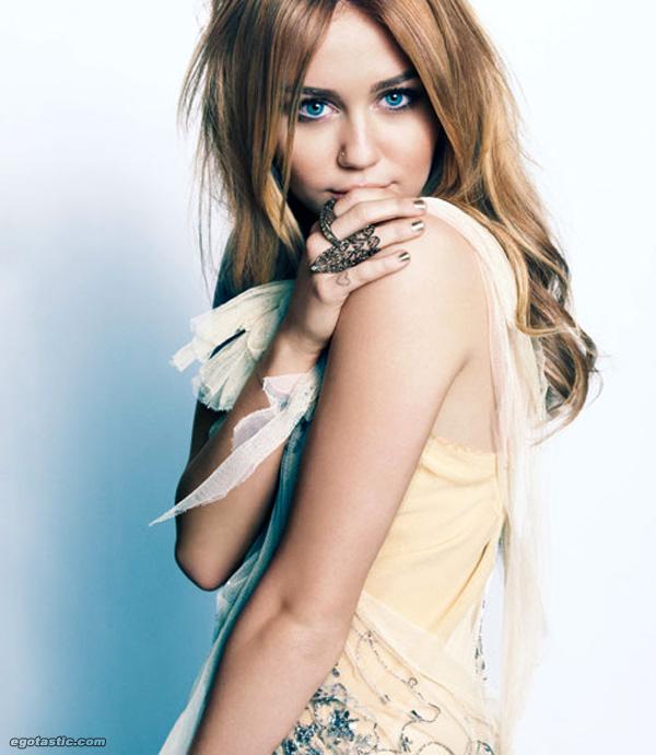 Reira Nina Klein. Miley-cyrus-marie-claire-mag-2011-04