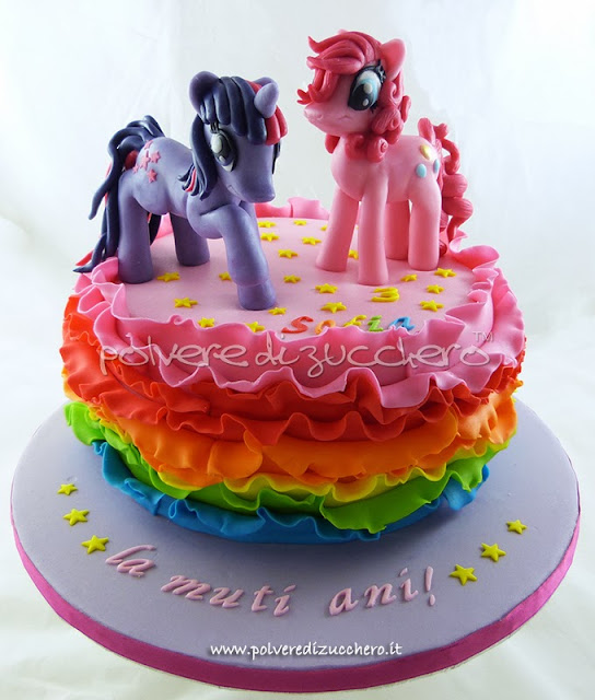 torta my little pony per un compleanno: twilight sparkle e pinkie pie in pasta di zucchero