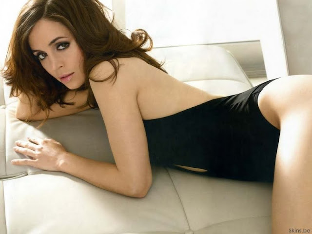 Eliza Dushku sexy in swimsuit fashion
