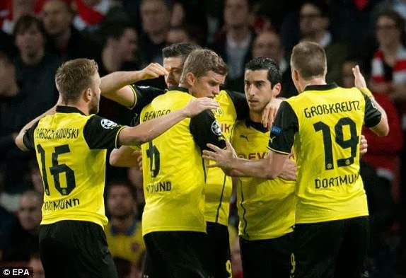 Hasil Liga Champion 2013: Arsenal vs Borussia Dortmund 1-2