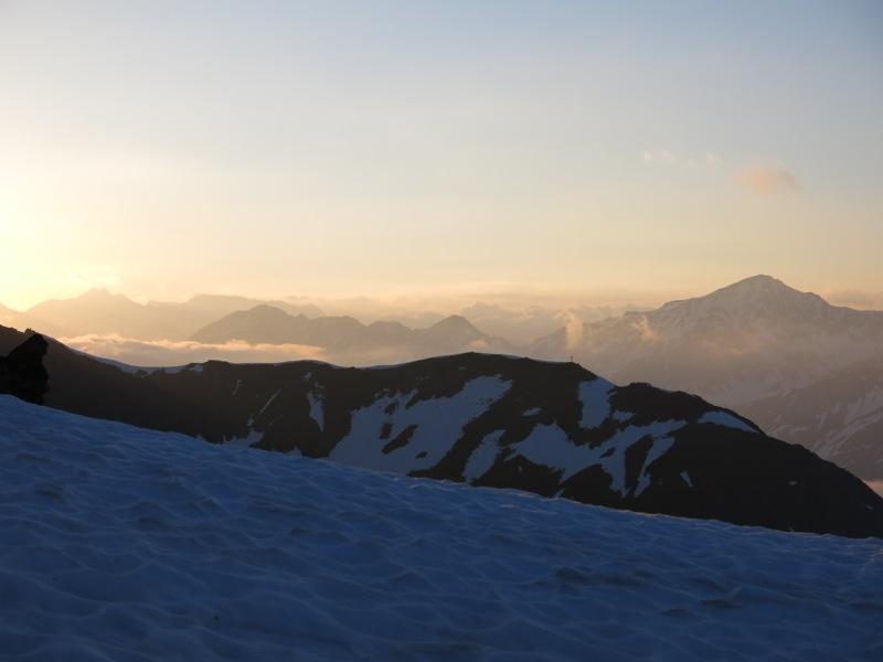 Sonnenaufgang - vorne das Wilde Mannle