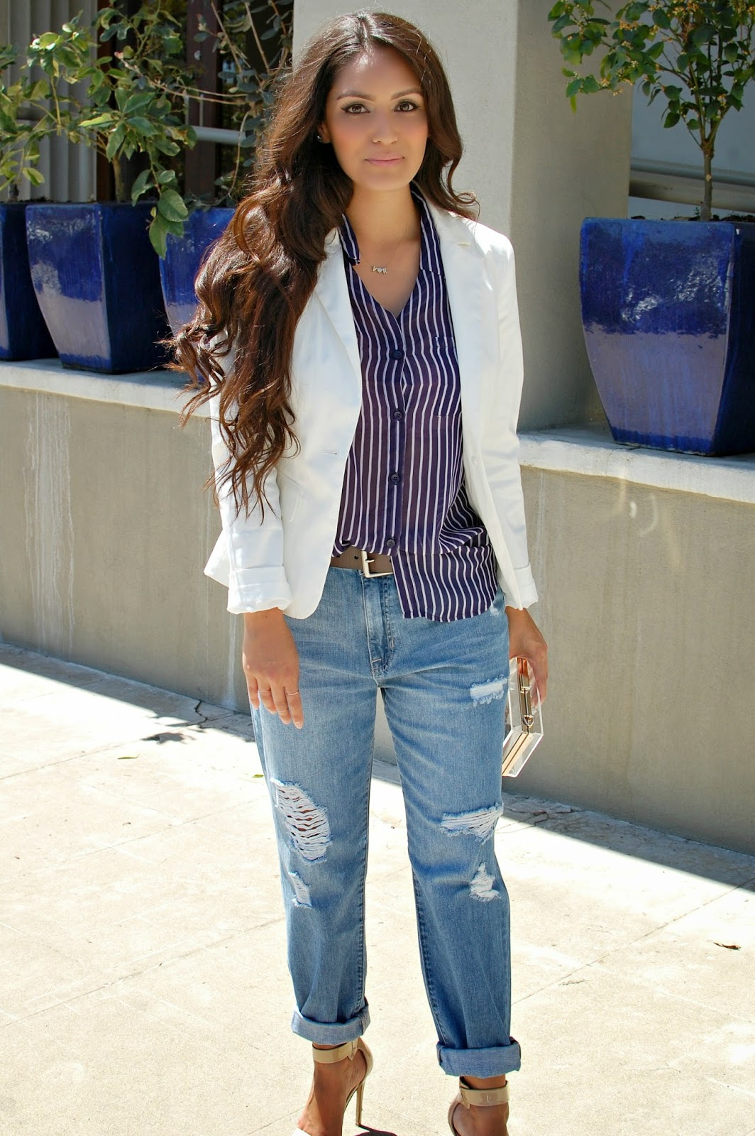 Dress up your boyfriend - Boyfriend Jeans This Style Is Meant To Look Like You Borrowed A Pair Of Jeans Straight Out Of Your Boyfriends Closet They Should Be A Tad Loose