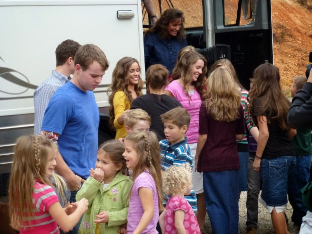 The Duggars arrive at the Bates home in the hills of eastern Tennessee