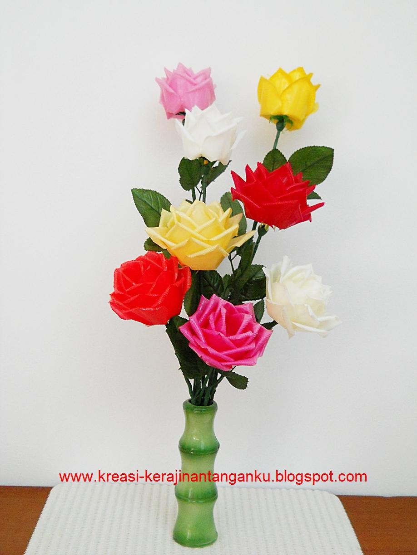 Menurut saya, jenis bunga yang paling sulit pembuatannya adalah bunga ...