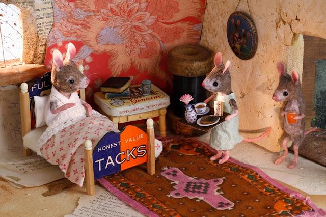 http://mouseshouses.blogspot.com/
