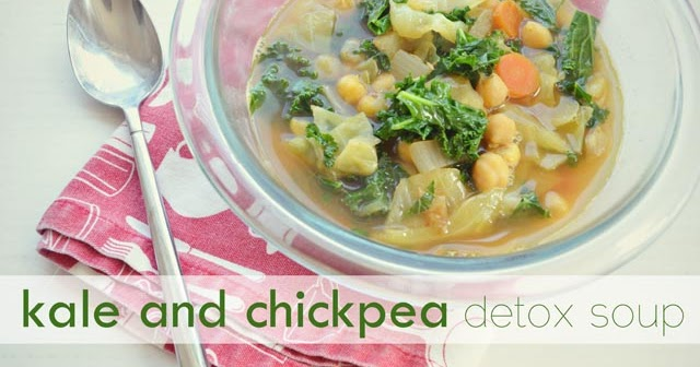 pretty preened: kale and chickpea detox soup