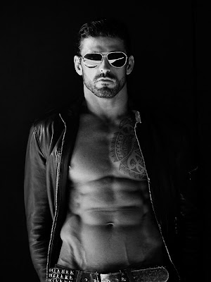 Stuart Reardon by Paul Reitz