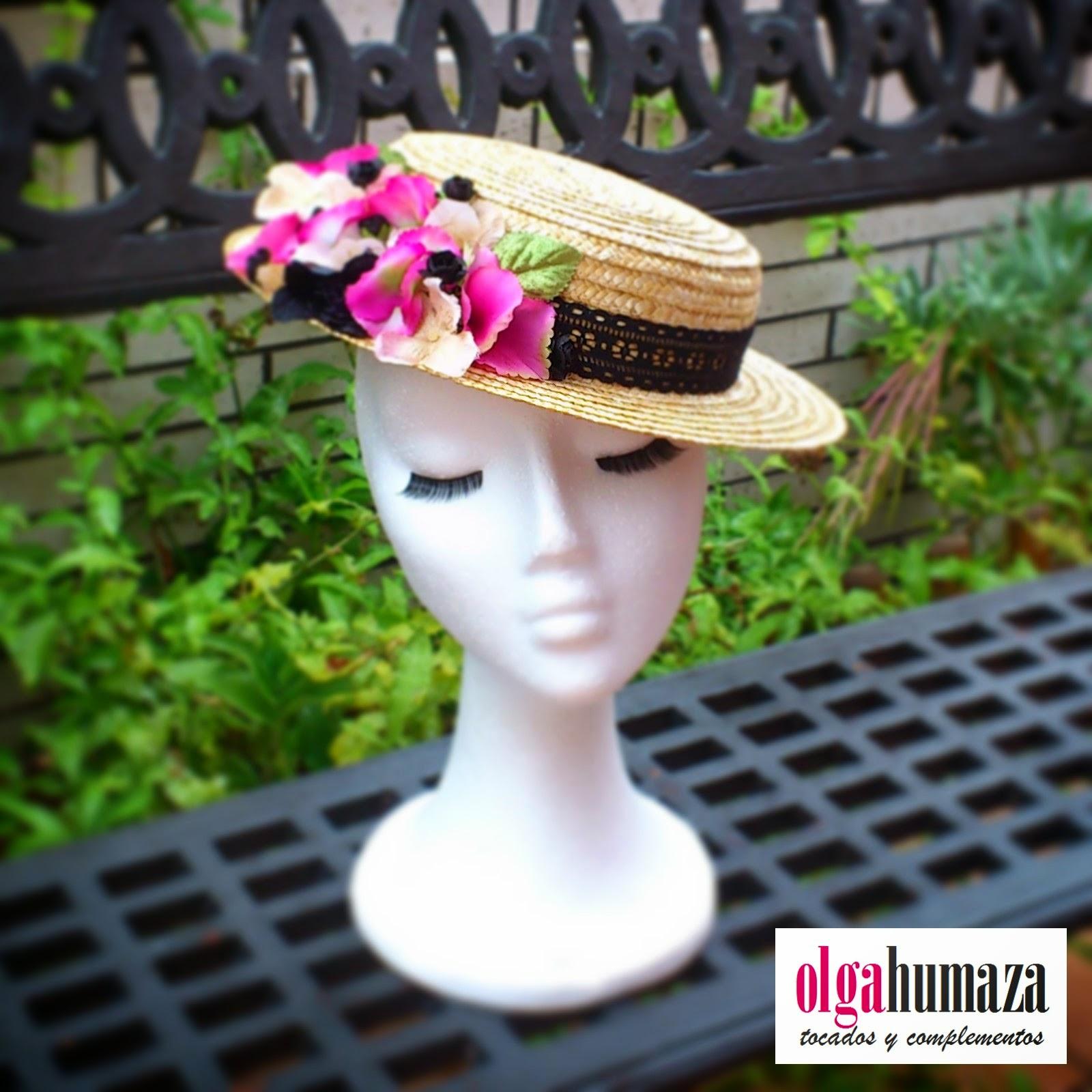 http://olgahumaza.blogspot.com.es/2014/06/b44-tocado-sombrero-mini-canotier.html