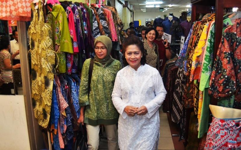batik wonk : BATIK NUSANTARA JCC Thamrin City