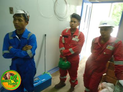 Tim PT. Torishima Guna Engineering di Proyek Vico Indonesia.
