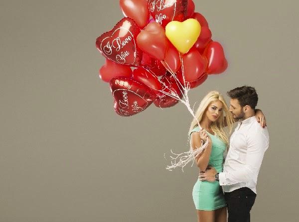 pareja-amor-globos