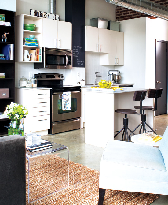 Mix And Chic: Home Tour- A Small And Stylish Loft