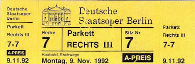 Γερμανία : Στην φημισμένη Όπερα του Βερολίνου  (στην  Under  den  Linden)