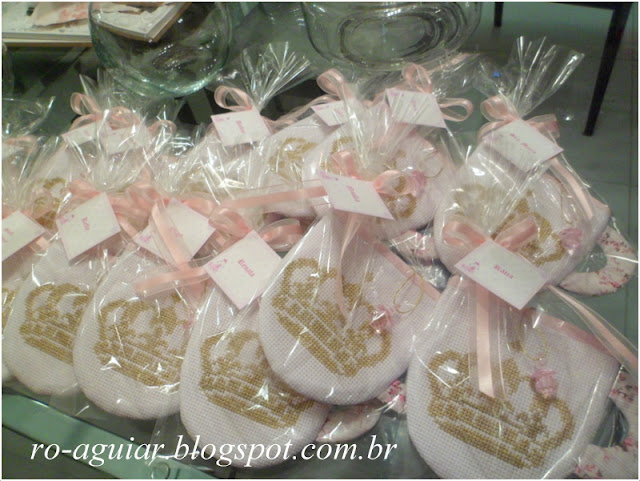 convite chá de fraldas - original, lindo e bordado com PAP