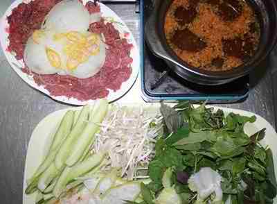 Ngon với lẩu bò nhúng giấm Anh Ba đường Phan Xích Long, món ngon sài gòn, địa điểm ăn uống 365