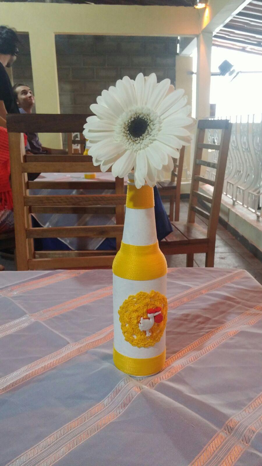 Arte de garrafa com linha