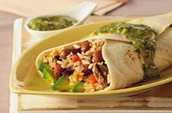 Burritos Mexicanos Con Salsa Verde