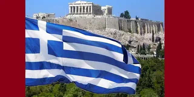 Λίγοι το αντιλήφθηκαν: Αυτό συμβαίνει με την ελληνική σημαία και τα σχολεία - ΒΙΝΤΕΟ