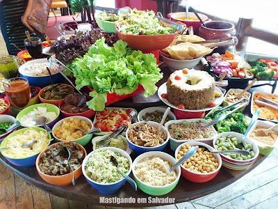 Creperia Mariposa: Buffet de Saladas da loja do Shopping Paralela