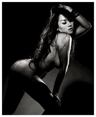 "Gambar Bugil ""Model/Artis Indonesia"" Sarah Ardhelia"