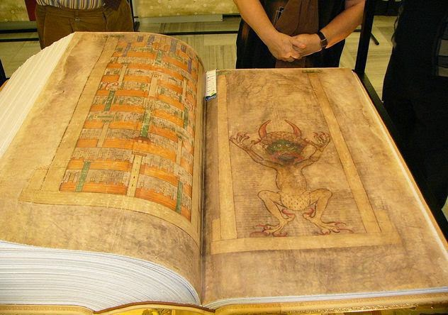 Codex Gigas - artefatos inexplicaveis