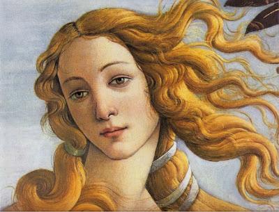 """Cette image est l'agrandissement d'un detail du tableau """"La Naissance de Venus"""" du peintre italien Sandro Botticelli qui l'a réalise vers1485 selon la technique de la tempera. La toile est conservee aux Offices de Florence. Elle représente Vénus sortant des eaux, debout dans la conque d'un coquillage (coquille Saint-Jacques) geant. L'image se focalise sur le visage de Venus qui, legerement incline et arborant des traits detendus, exprime la douceur et la serenite. Les cheveux de la deesse, d'un beau blond venitien, sont attaches par des liens et tombent négligemment le long de son cou, mais plusieurs mèches flottent au vent sur le cote gauche de sa tete, imprimant ainsi de la vie au portrait de Boticceli. Le visage se detache sur un ciel d'un bleu pale dont la douceur fait echo a l'expression de la Venus. Cette image accompagne parfaitement le poeme """"Juste ma mere"""" ecrit par Le Marginal Magnifique a l'occasion de la fete des meres. Dans ce beau texte, qui temoigne d'une profonde affection du poete envers sa mere, Le Marginal Magnifique vante les qualites de sa mere et n'hesite pas a la comparer a un joyau ou a une deesse. L'humour nait du decalage entre la repetition du mot """"juste"""" et le fait que Le Marginal Magnifique prete a sa mere des qualites extraordinaires, que le lecteur intelligent expliquera bien sur par l'amour inconditionne qu'eprouve le poete pour sa mere. Un tres beau poeme, simple, qui evite de tomber dans la lourdeur emphatique en la desamorçant avec humour, mais non denue de tendresse ! Bravo au Marginal Magnifique qui n'a pas fini de briller."""
