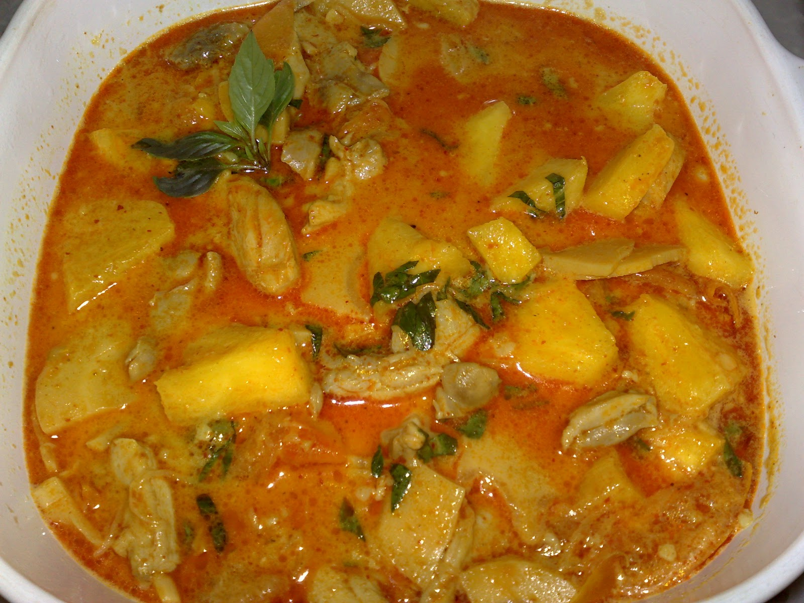 Paglin Treasured Recipes: Thai Chicken Pineapple Curry