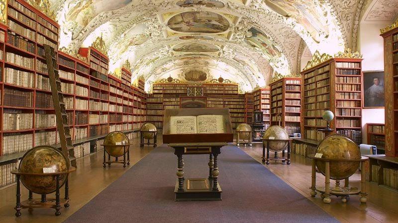 http://www.czechtourism.com/getmedia/81a39206-57d4-4742-9eec-2f28da2a80fb/c-prague-strahov-monastery-1.jpg.aspx?width=800&height=450&ext=.jpg&maxsidesize=800