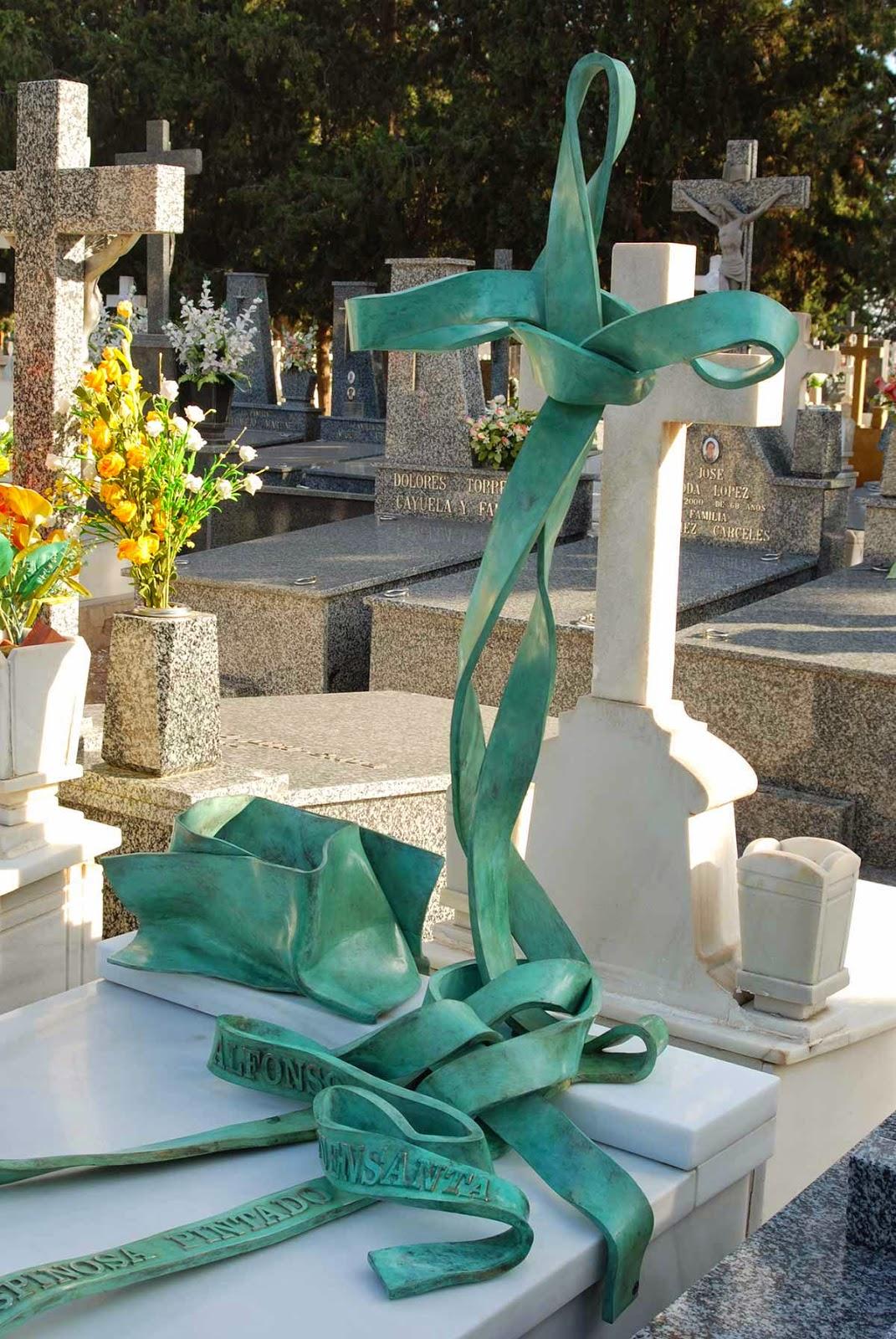 Monumento bronce cementerio Murcia Arturo Serra escultura 6