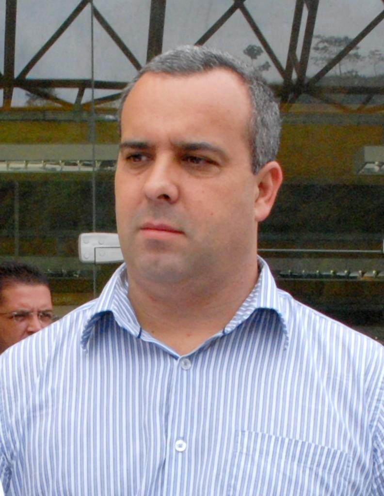 O presidente da Câmara de Vereadores de Teresópolis, Maurício Lopes, acompanhou a inauguração da 104ª Delegacia Legal de São José do Vale do Rio Preto